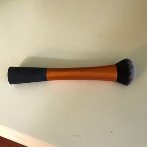 NEW Real Techniques Expert Face Brush